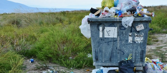 overflowwing garbage can